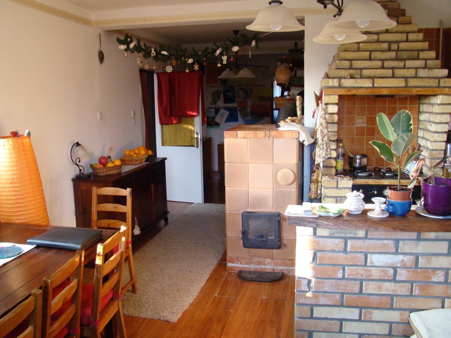 Eladó 1+4 szobás családi ház Veszprém Dózsaváros kertvárosában