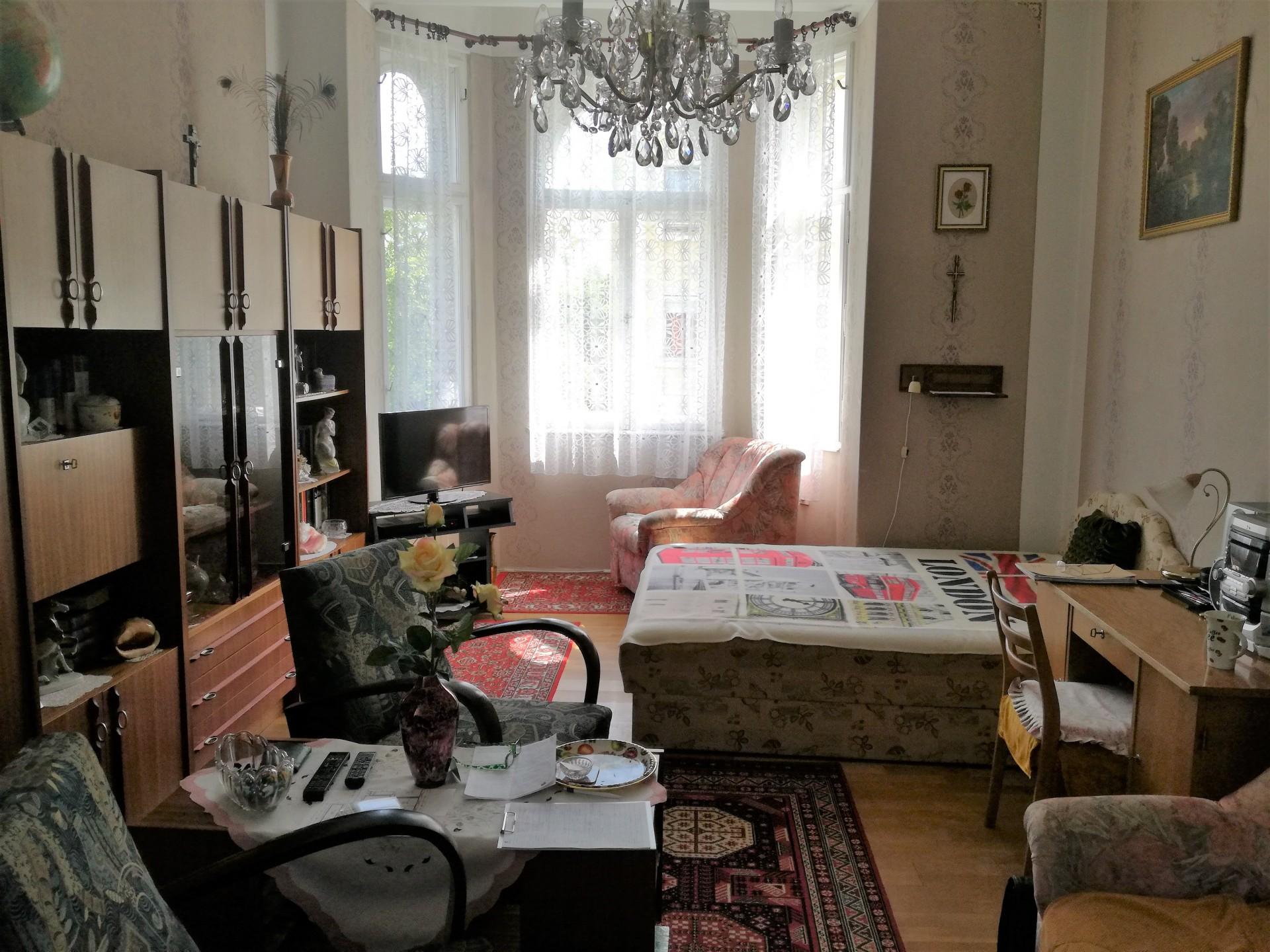 Szombathely Széll Kálmán-Gyöngyösparti sétány találkozásánál  2.emeleti 67-nm-es lakás eladó!
