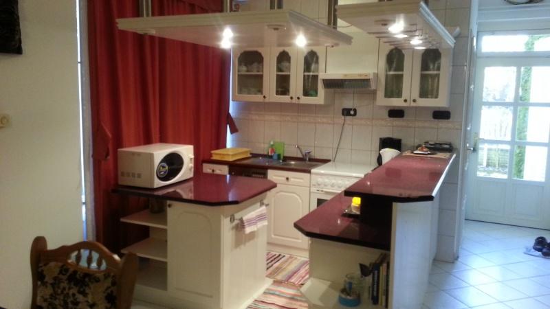 Zamárdiban, a Balatontól 100 méterre ház eladó